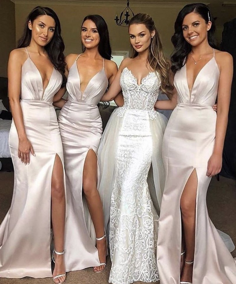 Sexy Hot Deep V-Neck Halter A-Line Cournt Train Side Slit Backless Elastic Satin Bridesmaid Dresses Wedding Party Gowns
