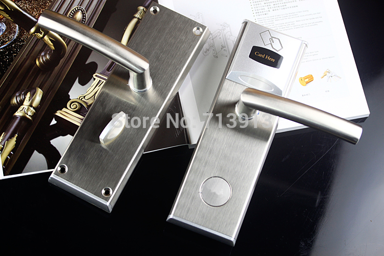 цена на T57 T5577 Card Electronic Digital Electric Hotel Lock Hotel RFID Card Door Lock System with Full System Support