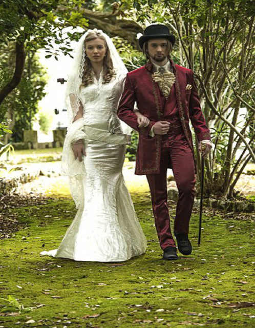 Embroidered Red Suit Barocco Style Wedding Suit Groom Tuxedos Groomsman Suit Custom Made Man Suit(jacket+pants+vest)