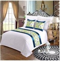 Europejski luksusowy styl bieżnik na łóżko szalik zielony i niebieski Motel Hotel pościel do domu łóżko ogon ręcznik Hotel na wesele dekoracje w Bieżniki od Dom i ogród na