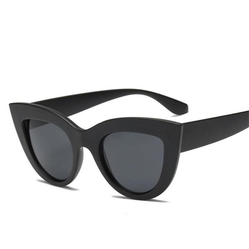 1600154da 2018 New Cat Eye Mulheres Óculos Escuros Homens Do Vintage Em Forma de Cor  Da Lente Óculos De Sol de Marca Designer de Óculos de Sol Feminino Óculos  Azul em ...
