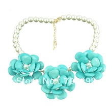 Three Big Flower Pendants with Imitation Pearl Beads Chain Bib Statement Necklace for Women