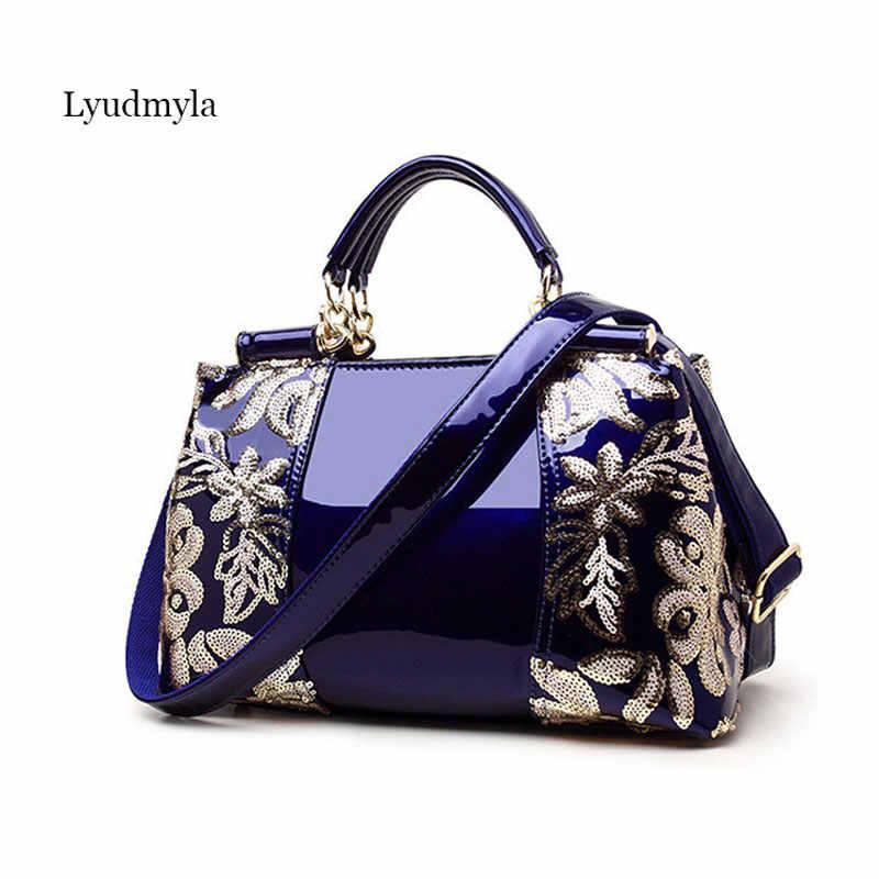 4bf01185e37c Знаменитости Синий лакированная кожа сумки для женщин сумки на плечо 2018  Новая мода Европа и Америка