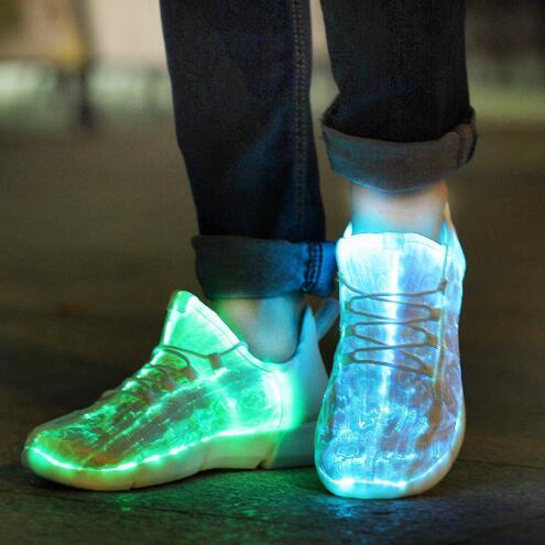 Luminous zapatillas brillantes Light Up zapatos para niños blanco LED zapatillas niños intermitente con luz para el adulto y el cabrito