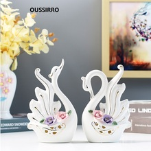 European Luxury Creative Ceramics Swan Ornament Home Decoration Crafts TV Cabinet Statues Accessories Wedding Gift Figurines
