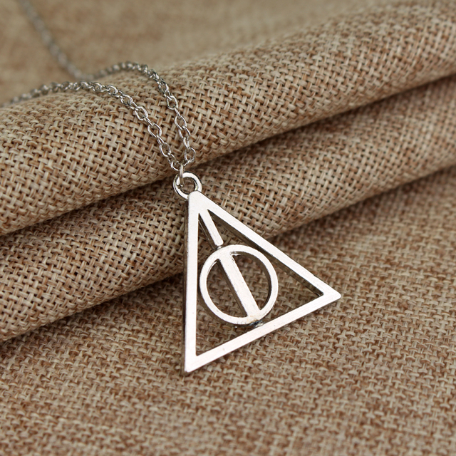Hot accessories necklace Fashion pendant Triangle Hot movie deathly hallows movie necklace cheapest price Jewelry