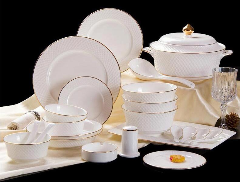 Luxurious European dinnerware sets Western ceramic gold trim tableware bowl dishes High end gift