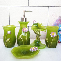 Classical Style Bathroom Accessories Five Pieces Bathroom sets Water lily Resin Ceramics Washing Supplies Sets For Bathroom