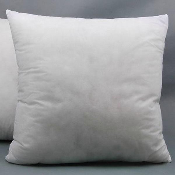 Různé velikosti netkané textilie PP Stretch bavlněné vakuové balení čtvercový polštář vnitřní jádro polštáře