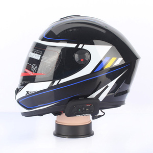 Image 5 - Fodsports 2 pcs V6 פרו אופנוע קסדת bluetooth אוזניות אינטרקום 6 רוכבי Moto עמיד למים BT האינטרפון מלא פנים קסדה
