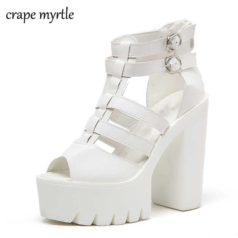 белые босоножки на толстом каблуке 2
