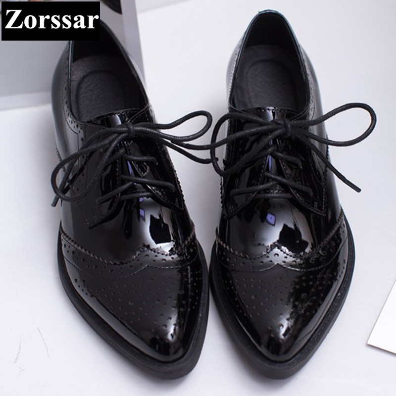 Patent leather Fretwork Vintage Flat Oxford Shoes pointed toe Woman Flats 2017 Fashion British style Brogue Oxfords women shoes new 2015 autumn flat t strap oxford shoes for women vintage british style round toe low thick heels women oxfords shoes woman