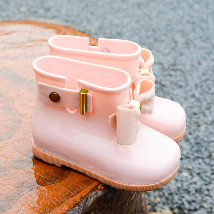 Yeni çocuk çizmeleri bebek kız jöle sevimli ilmek yağmur ayakkabıları kırmızı/pembe/siyah su geçirmez yumuşak bileğe kadar bot çocuk PVC ayakkabılar