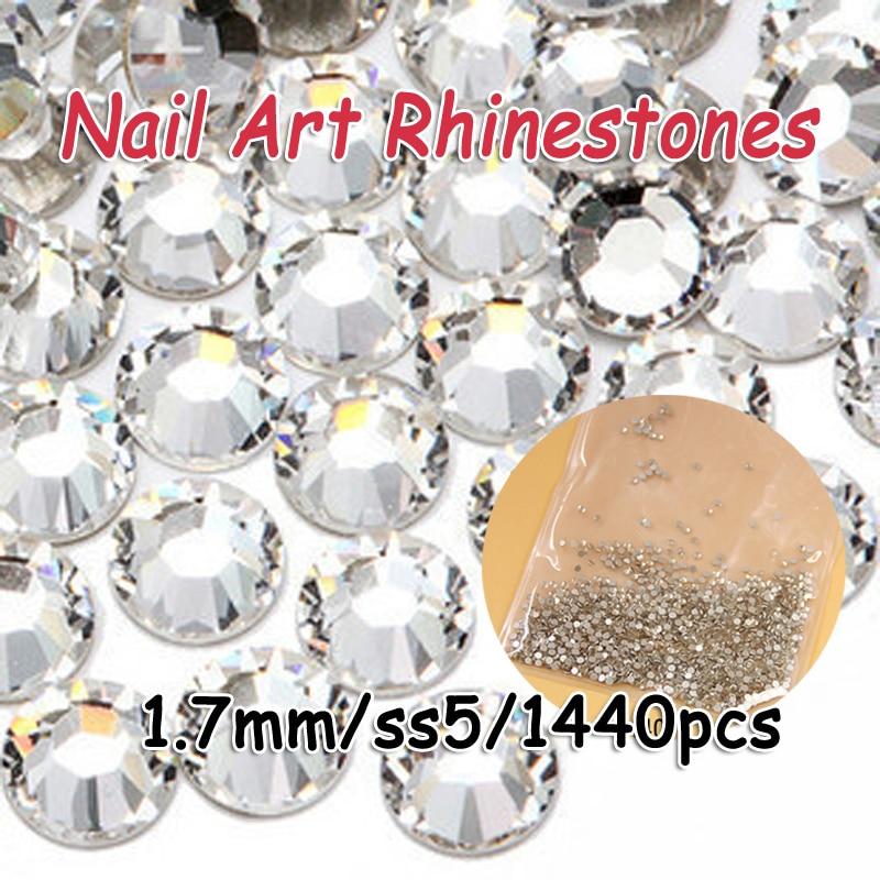 eeb82dd89acd6 Venda Super Brilhante SS5 (1.7mm) 1440 pçs lote Crystal Clear 3D Decorações  Nail Art Natator Não HotFix FlatBack strass