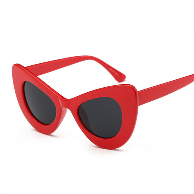 Clout Goggles Cat Eye Sunglasses NIRVANA Kurt Cobain Glasses Women Butterfly Frame Design Sunglass UV400 Goggles Sun Glasses
