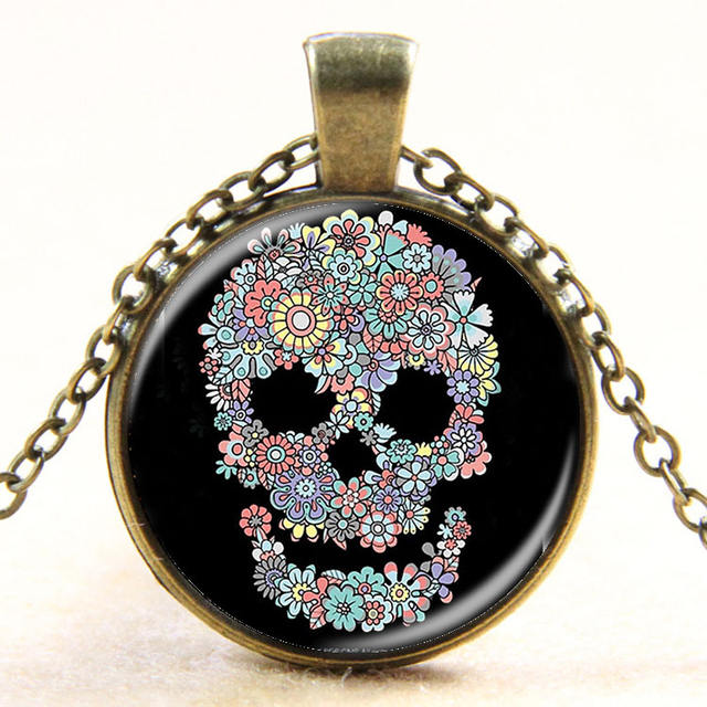 FLOWER SKULL NECKLACE (15 VARIAN)