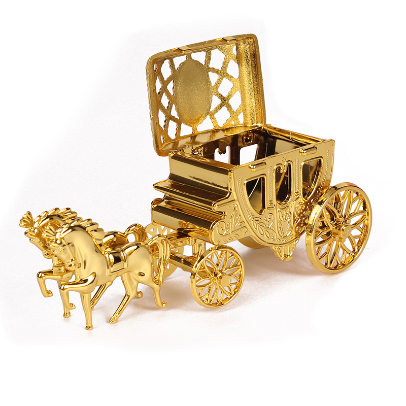 Cinderella Carriage Gold Royal Carriage Box Wedding Candy Box Gift Box Small Plastic Box For Event Party Supplies Decoration
