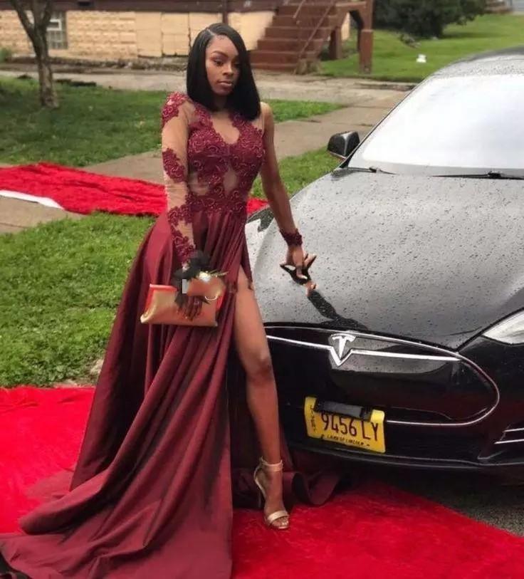 2018 Burgundy lange ærmer lår-høj slit prom kjole sorte piger - Særlige occasion kjoler - Foto 1
