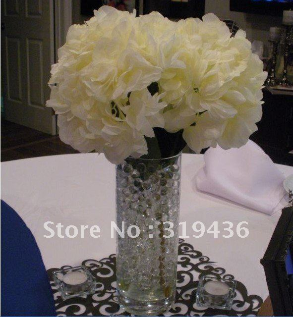 Glassware Vase Filler Using Clear Crystal Water Beads For Cut Flower