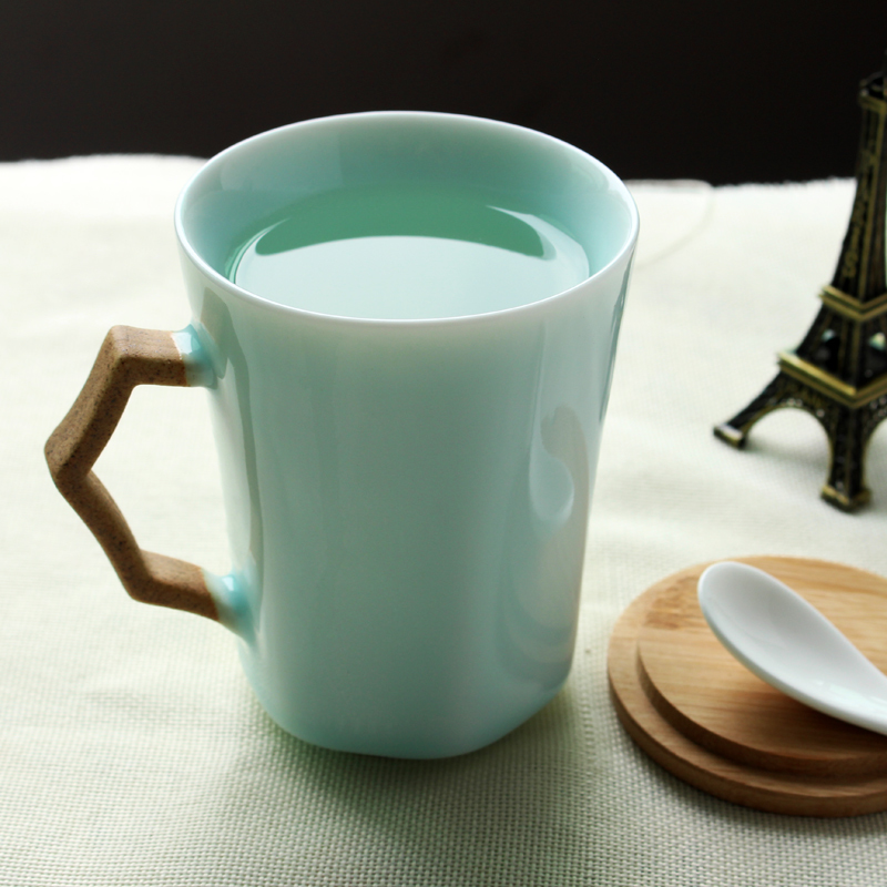 Jingdezhen Retro Coffee Mugs With Wooden Lid And Ceramics