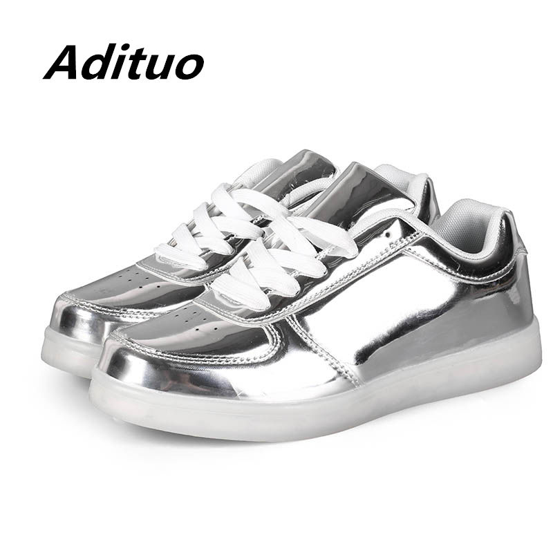 2019 Spring Adults Led Shoes Men Low Top Glowing Casual Shoes Women Lace Up Sneakers Usb Charging Breathable Lovers' Sneakers