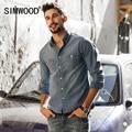 Simwood 2017 nueva primavera verano hombres camisas de mezclilla manga larga 100% pure cotton slim fit cs1599