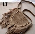 2017 de Las Mujeres Con Flecos Messenger Bag Brown Faux Suede Borla de La Franja de Boho Hippie Gypsy Tribal Bohemio Ibiza Style Cruz cuerpo Bolsa