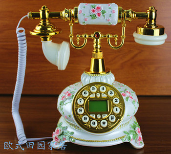 European style carved antique telephone phone retro fashion cute telephone caller ID Decoration home art electric wood vintage