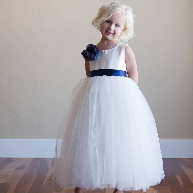 6d175178920b Simple Style White Tulle Ball Gown Flower Girl Dresses Scoop Sleeveless  Flower Tea Length Kids Wedding Party Dresses