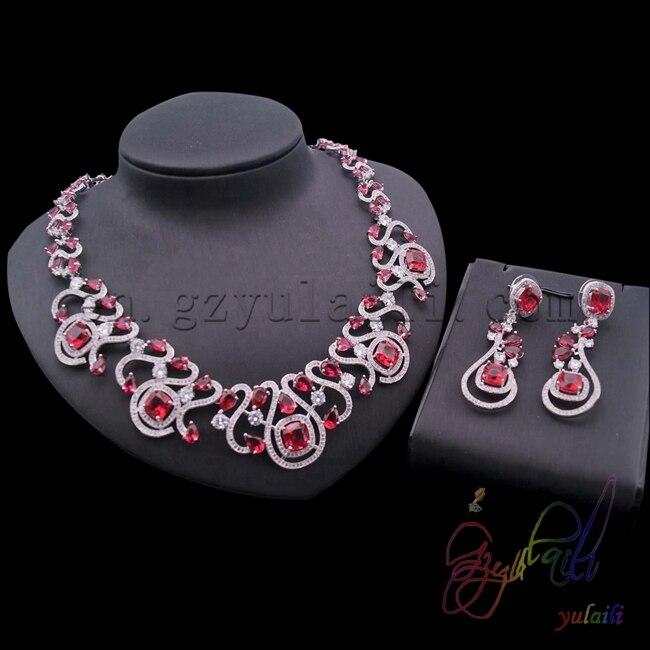 Chine fournisseur rouge aaa qualité cubique bijoux zircone définit Femmes Bijoux mis en Plaqué Or