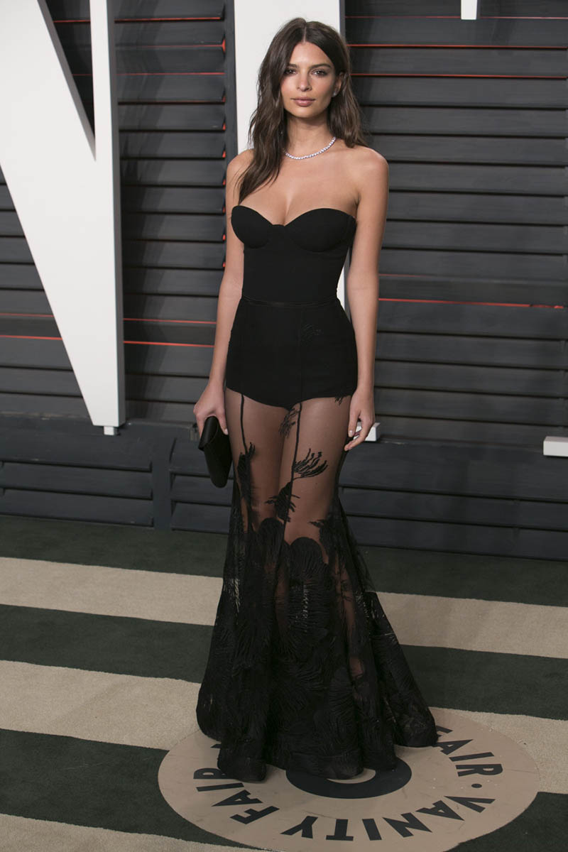 2017 Celebrity Dresses Emily Ratajkowski