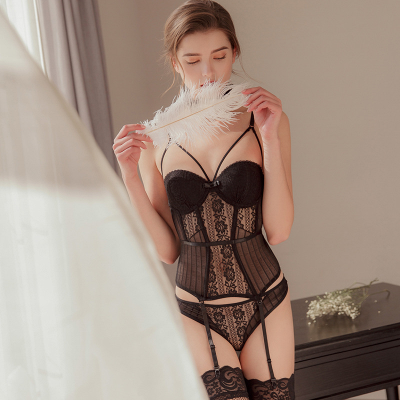 New Sexy   Corset   Hight Elasticity Women Lingerie With Cup And Straps Belt   Corset     Bustier   Lace Breathable Underwear With Thong Set