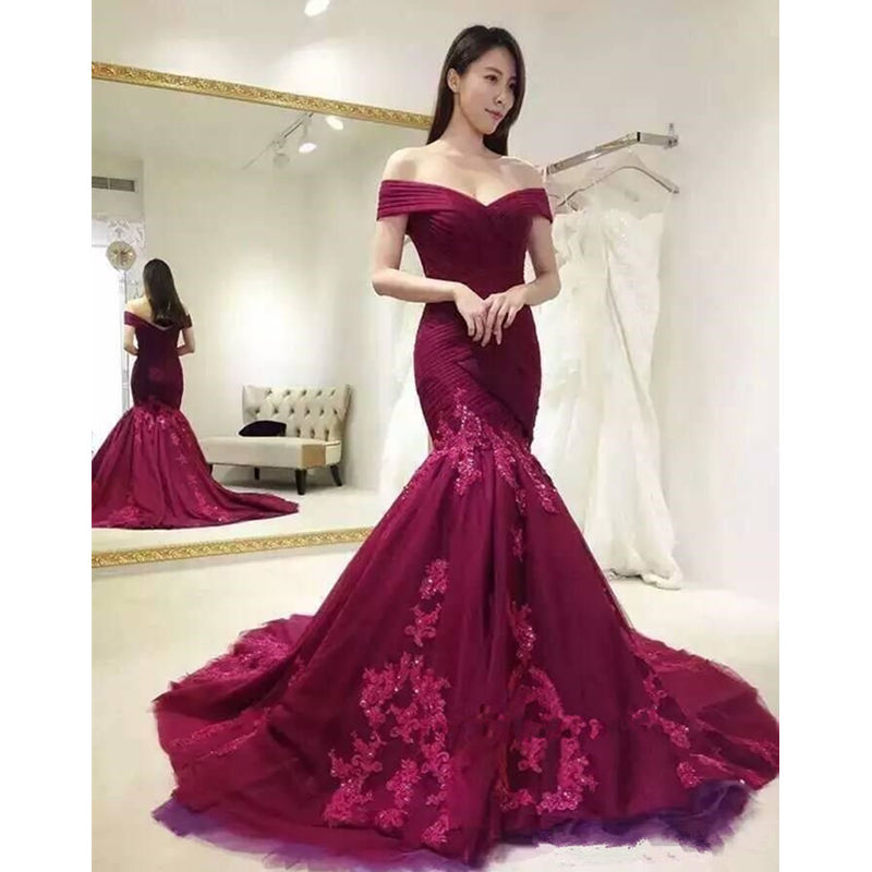Vintage Princess Off the Shoulder 2019 Evening Dresses Mermaid Lace Appliques Prom Dresses Elegant Women evening party dress
