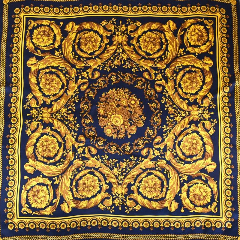 Classical Baroque Pattern Women 100% Silk Scarf Shawl Foulard Luxury Soft Soomth Touching 108*108cm