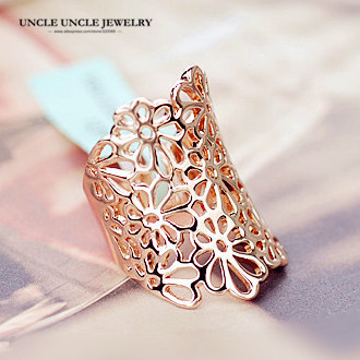 Brand Design Woman Wide Rings Rose Gold Color Hollow-out Style Flower Element Lady Finger Ring Wholesale Perfect Gift