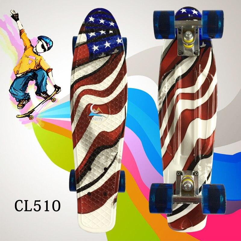 La plus chaude vente 1 PC rue Graffiti Style impression motif planche à roulettes complète 22 pouces rétro Cruiser longue planche à roulettes adulte