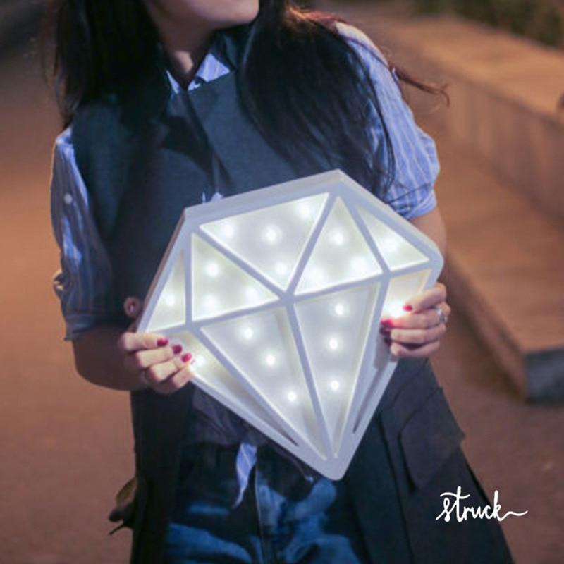 Diamond Nordic Kid's room decoration LED lampa vit trä diamant lampa - Festlig belysning