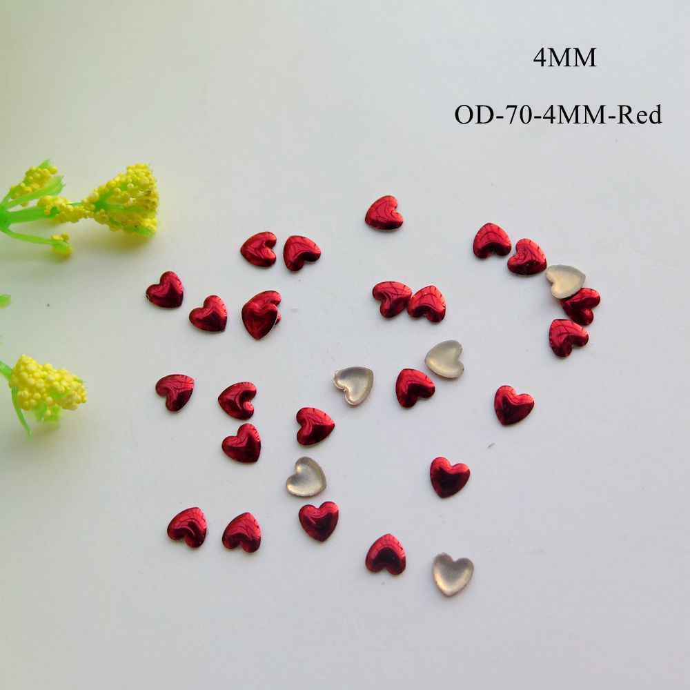 200 pcs Lucu 4mm Nail Art Red Heart Logam Stud Nail Art Dekorasi