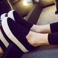 Nuevos Zapatos de Lona Caliente de la Venta 2017 de la Manera Appliques Slipony Mujeres Aumento de la Altura Calzado Chica Slipon Comodidad Femenina de Las Mujeres