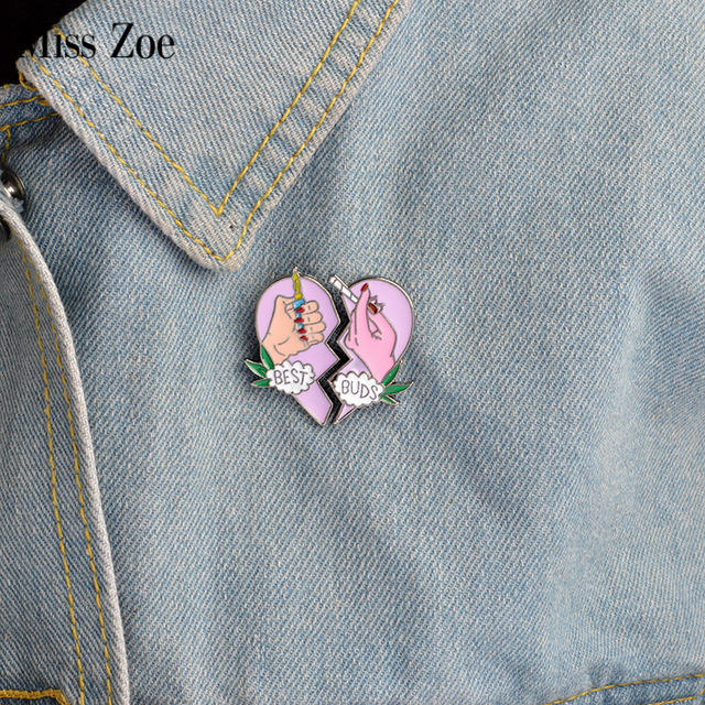 2pcs/set BEST BUDS brooch Enamel pink heart 2 hands pins Collar Corsage Gift for