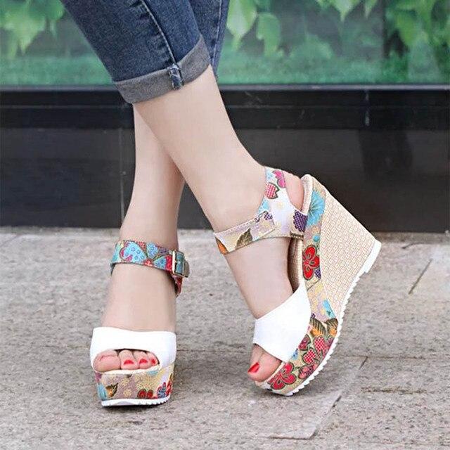 Mulheres Sexy Sandálias de Salto Alto 2019 Cunhas Verão Sapatos Mulher Sandália Moda Feminina Super Alta Sapatos de Plataforma de Impressão Calçados