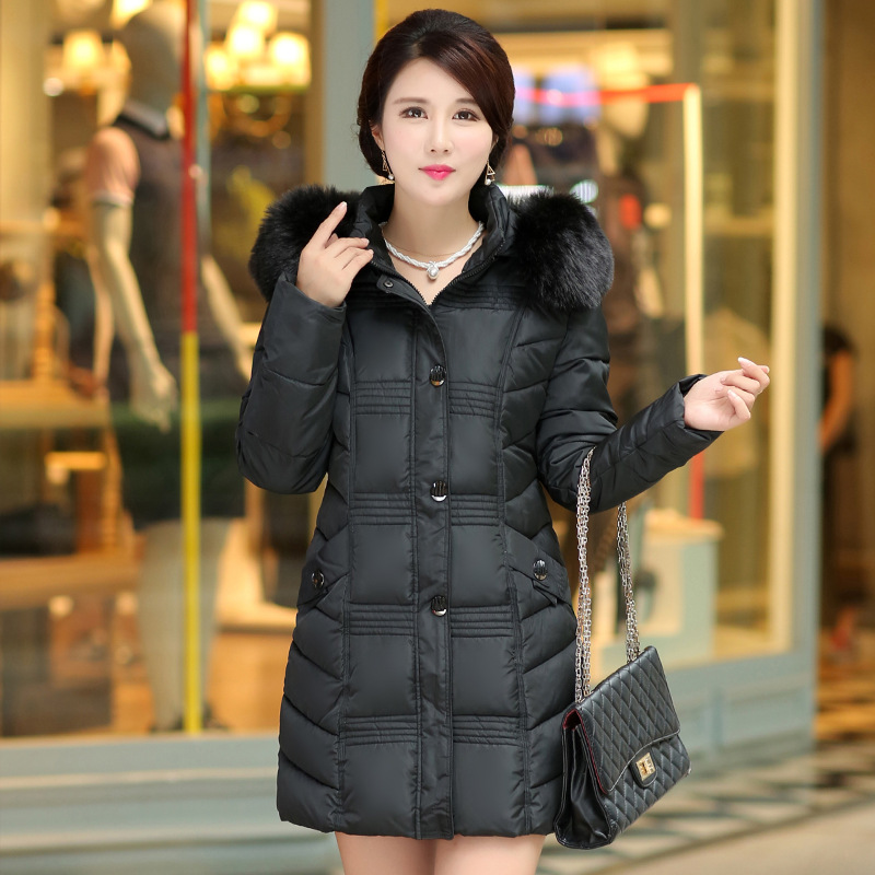 2017 new winter in the long section of thicker warm cotton in the elderly women down jacket MOM hair wave sky blue cloud removable hat in the long section of cotton clothing 2017 winter new woman