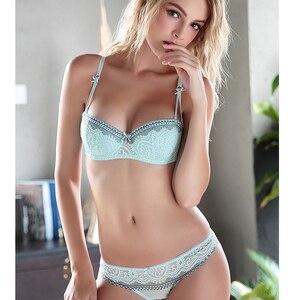 Image 3 - YANDW Delle Donne Reggiseno di pizzo bralette ricamo floreale senza spalline del reggiseno set sexy lingerie mutandine 1/2 tazza croped A B C D 70 75 80 85