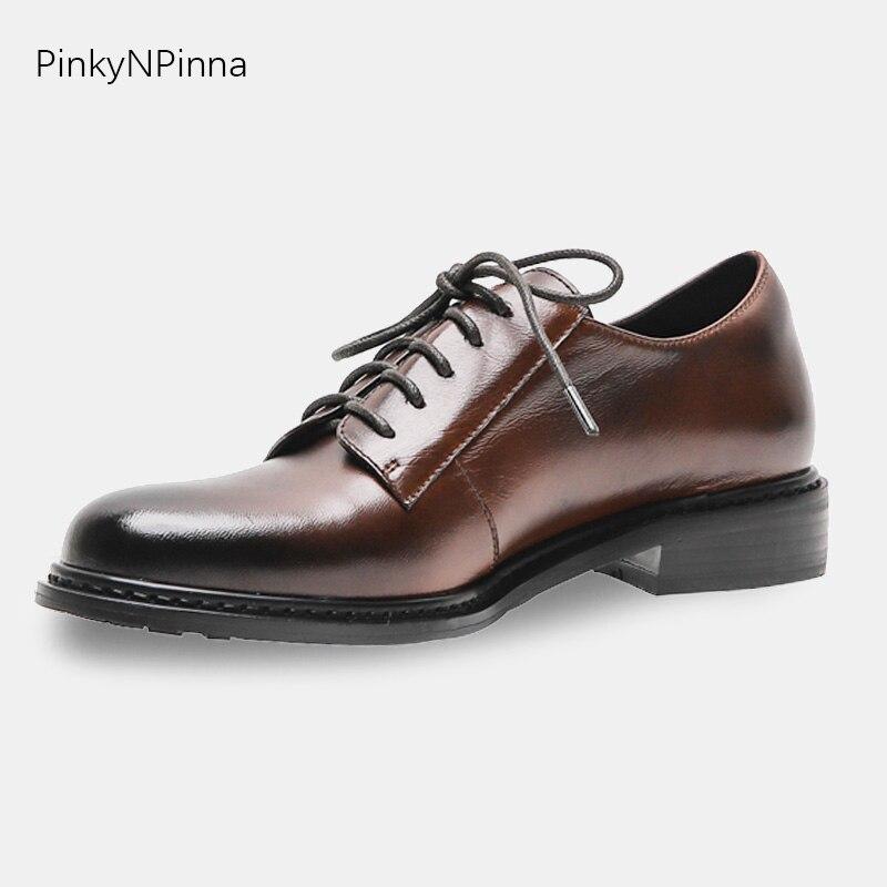Kobiety wysokiej jakości prawdziwej skóry wołowej rocznika brązowy handmade oksfordzie przez cały rok Derby biznes klasyczny garnitur buty w Damskie buty typu flats od Buty na  Grupa 1