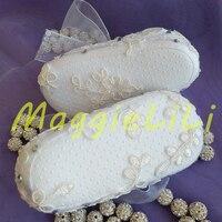 נעלי טבילה של תינוקת נסיכת פרחי קריסטל ריינסטון בלינג פנינת תחרה לבנה בעבודת יד בייבי לפעוטות ראשונים Walke נעלי