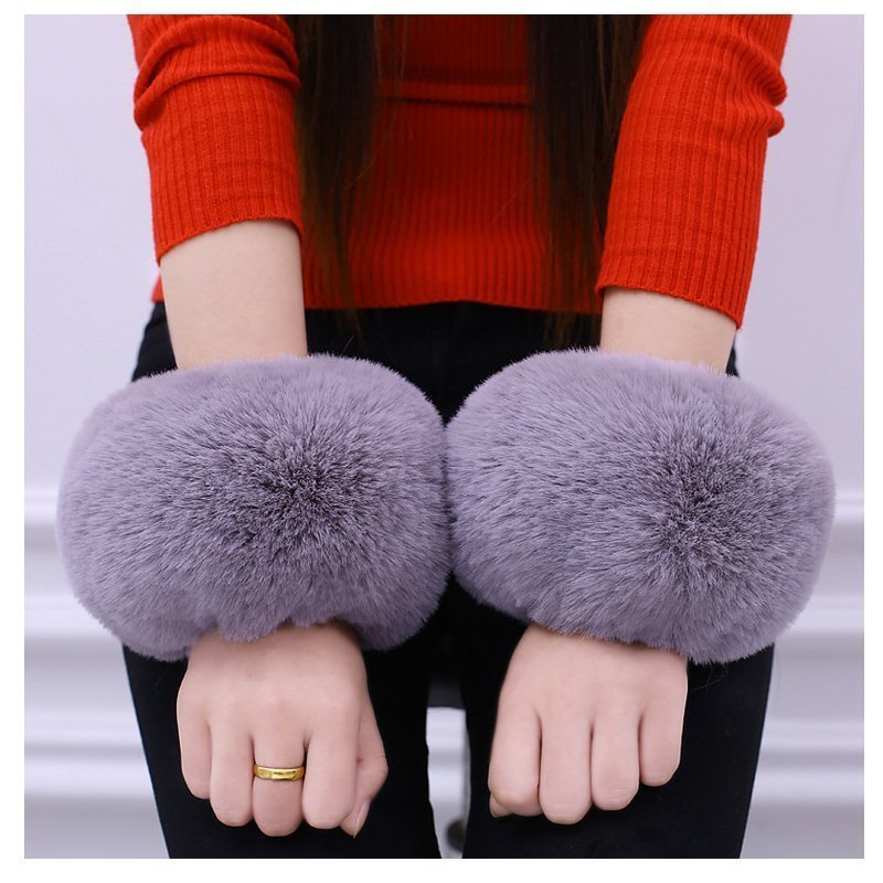 1Pair Women Winter Wrist Warmer Oversleeve Faux Rabbit Fur Windproof Arm Bracelet Wristbands Arm Sleeves