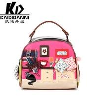 The New Korean Version Of The Retro Retro Hand Held Oblique Shell Type Cartoon Zipper Handbags