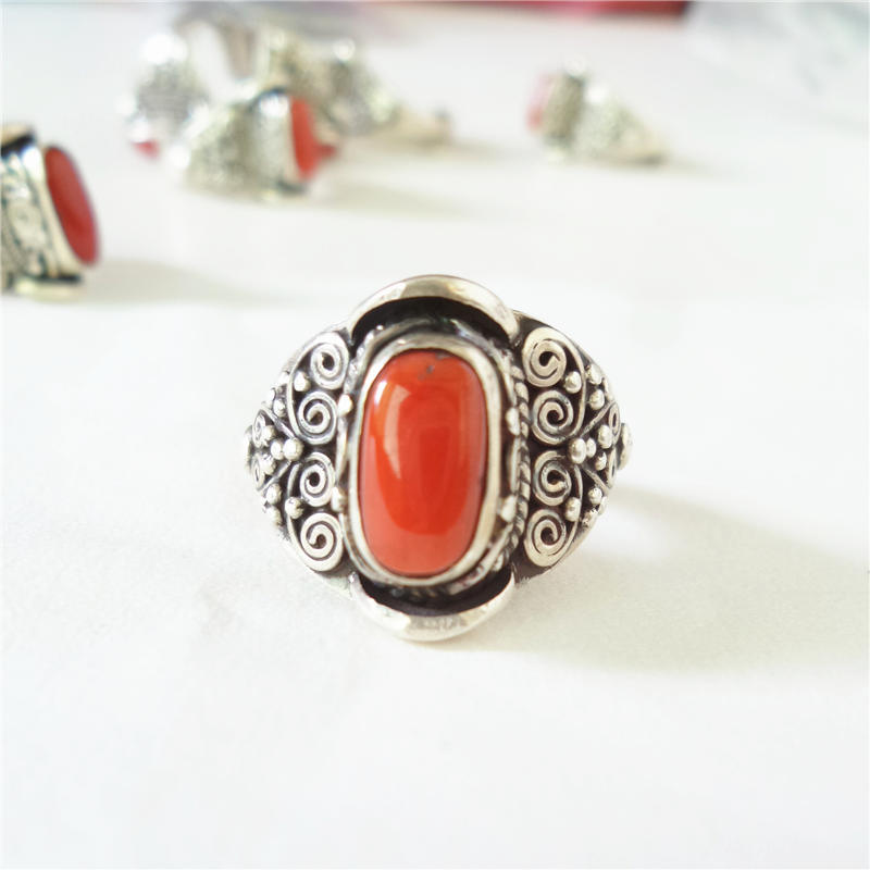 цена на T9046 Nepal Hand 925 Sterling Silver Inlaid Red Coral Lovely Rings for Girls Nepal vintage jewelry