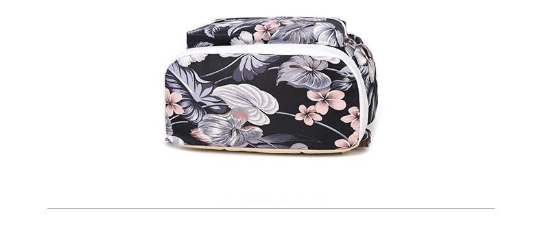 backpack printed