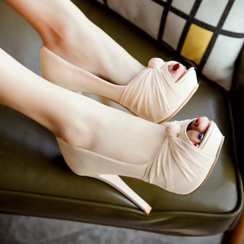 Coréen commute cuir verni gaze peep toe fines talons pompes avec plate-forme couleur nue nœud sandales femmes chaussures de mariage rouge